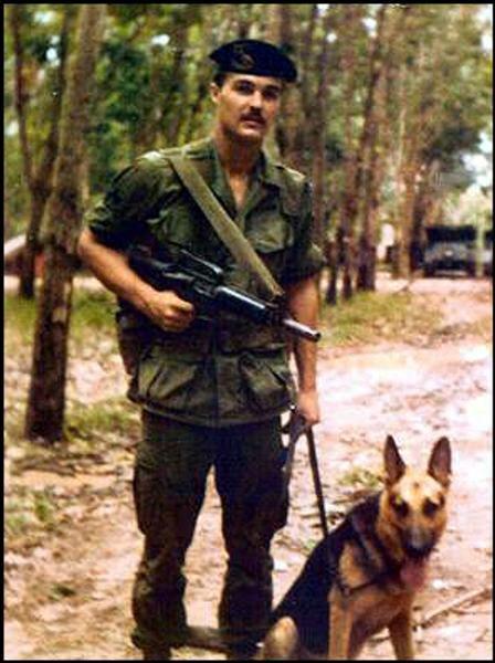 Virtual Vietnam Veterans Wall Of Faces Robert W Hartsock